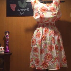 Dresses & Skirts - Sunflower print chiffon dress